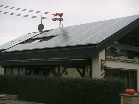 Solarthermische Anlage in Kombination mit Photovoltaik in Perouse
